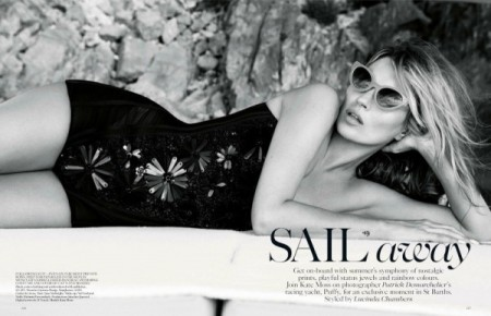 kate-moss-by-patrick-demarchelier-for-vogue-uk-june-2013-12-600x387-1